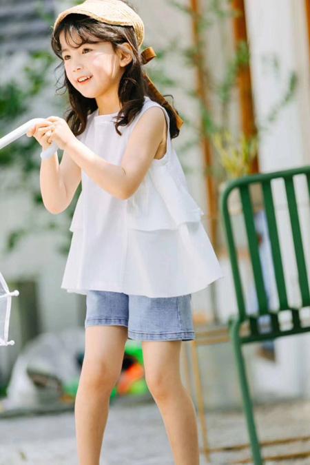 时尚初夏穿搭 简约清新是永不过时的潮流