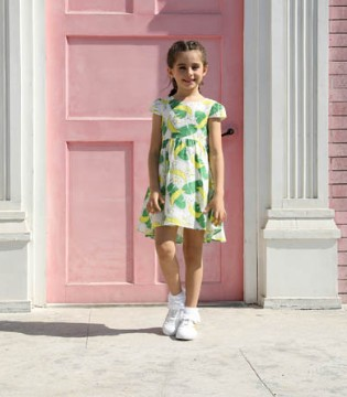 好看的连衣裙 让你在这个春天大放异彩