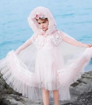 春夏的美丽魔法 藏在小象Q比的公主裙里哦