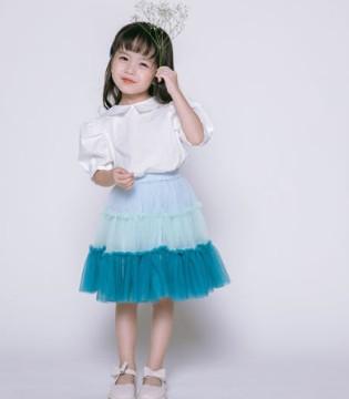 彩色笔清新靓丽的连衣裙 轻松提升你的魅力值