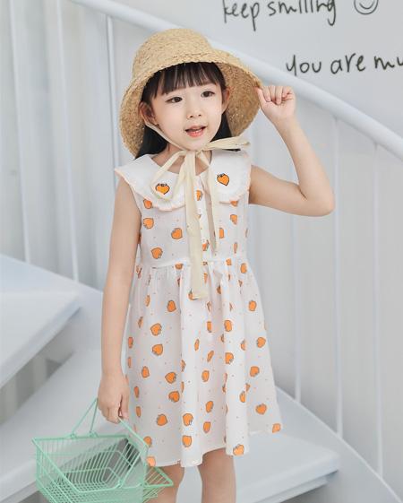 想成为靓丽的风景?不妨试试这几款小清新风格的连衣裙