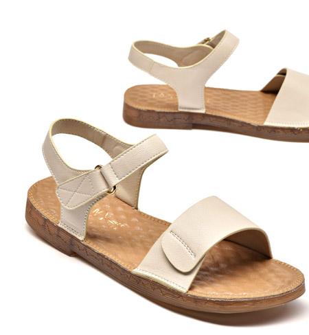 想要舒适又时髦?CHIC感的平底鞋了解下