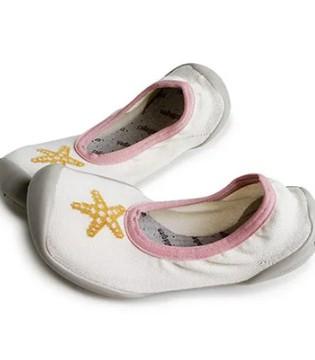 Collegien的芭蕾舞鞋 伴孩子翩翩起舞