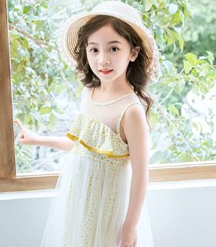 甜美的连衣裙 是女孩们的吸睛法宝
