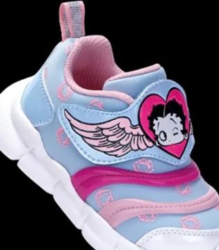 童鞋健康问题那么多 父母挑选要小心