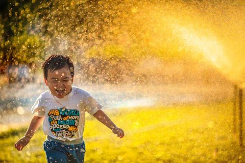 燥热的夏天 小孩子流鼻血?是什么原因