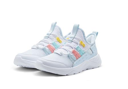 少女系的运动鞋长什么样 361°新品告诉你