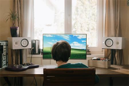我国未成年网民达1.75亿 为什么儿童容易沉迷网络?