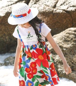 最美六月 让海风醉倒在你飘逸的裙摆下