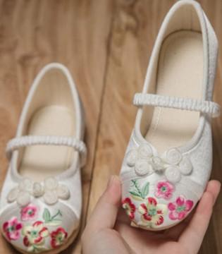 令人怦然心动的绣花鞋 惟妙惟肖 生动可人