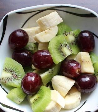 做一款水果沙拉 让宝宝爱上水果 补充维生素