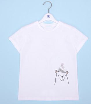 简约个性的不二之选 用简约的T恤来装饰童年