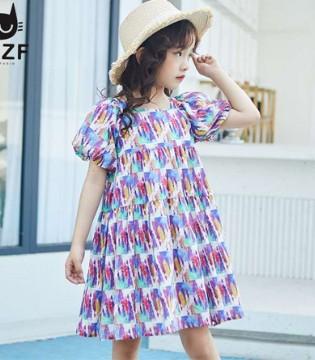 穿这样的连衣裙耐看又出彩 满足穿衣多种需求