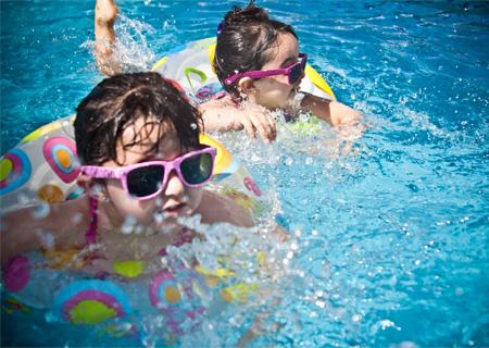 暑假怎么玩 把孩子多余的精力交给运动时间