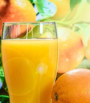 夏天防中暑 喝什么果汁好呢?不妨来一杯橙汁