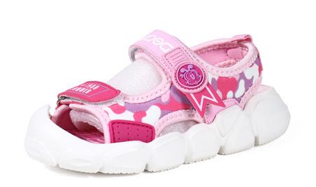 夏季必备酷爽单品 少不了风潮的凉鞋