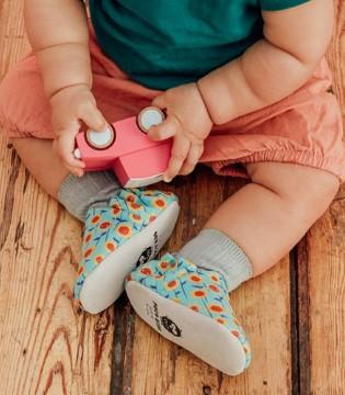 小人儿的彩色鞋 童年就是可可爱爱的一场旅行