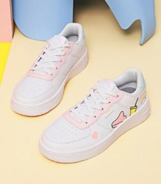 涂鸦式童鞋 充满着天马行空的童年想象