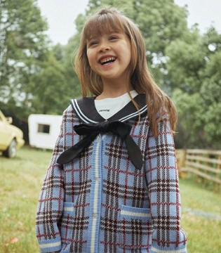 早秋时尚穿搭 属于女孩子的乖巧一面