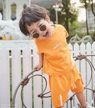 加盟小资范童装品牌 助你开业无忧