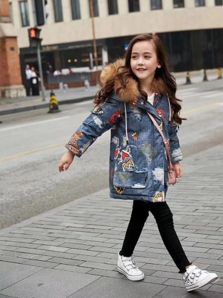 琪琪熊童装折扣品牌2020冬季羽绒服