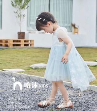 """小童穿搭:""""衣""""想天�_ 哈沐陪伴���的童��"""