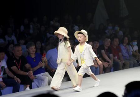 歡聚繽紛夏令營 GB KIDS 2021春夏新品發布
