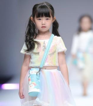 孩子的时尚潮流之路 就从这场秀场开始吧