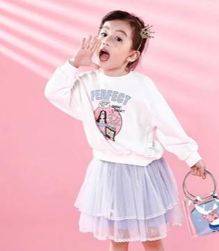 学院风穿搭 显现孩子秋季的时尚魅力
