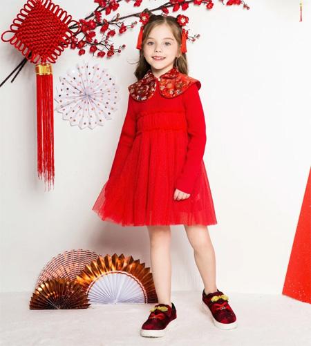 时尚小鱼童装 当中国风撞上小萝莉