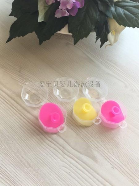 洗游记婴儿游泳配套用品推荐:婴童软硅胶洗头刷