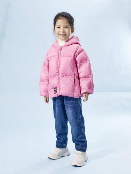 宝贝传奇冬季新品上新 拒绝臃肿走向时尚