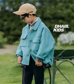 「 DHAiii童装 」白雪皑皑 做街上最靓的那一抹色彩……