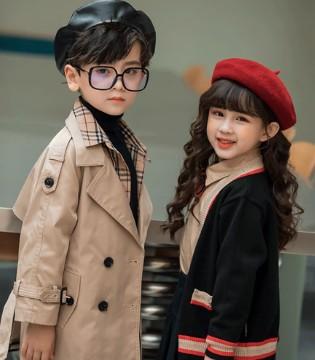 两个小朋友MEMORY IN 演绎新英伦风尚