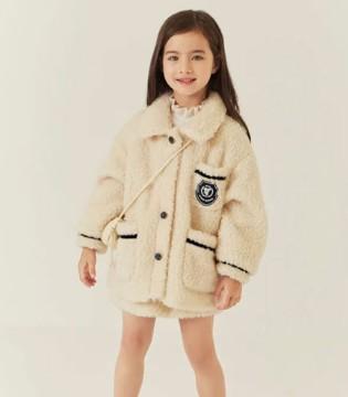 """时髦又温暖的冬日外套 """"妈妈我要""""~"""