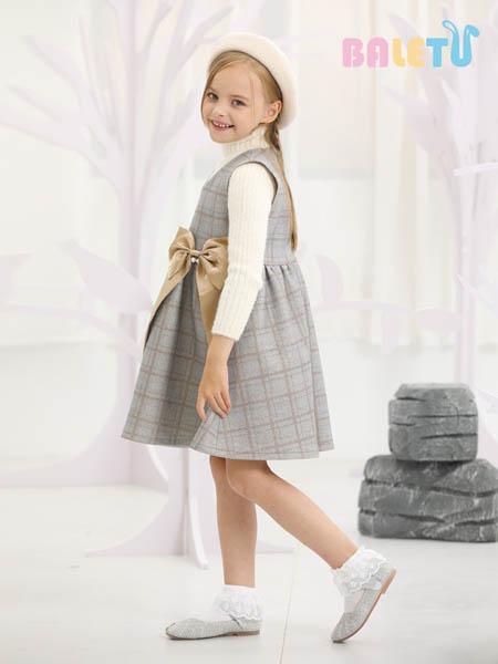 冬天的美腻连衣裙上新 芭乐兔将为你呈现