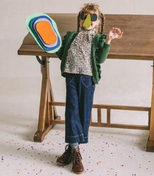 Mayosimple 用斑斓的彩色笔涂满童年的画卷