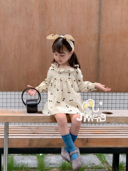 童装需求量大,加盟世纪童话童装 免加盟费,厂家直供终端