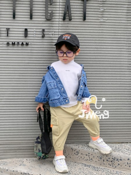 世纪童话日韩在线加盟总部专业指导 助您无忧创业开店!