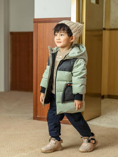 卡儿菲特时尚羽绒服 让你温暖过冬