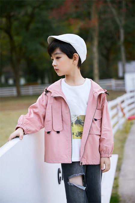 来跟吾名堂学习干净、纯洁的白月光穿搭吧!