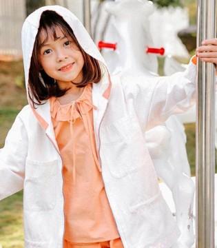 快乐精灵童装 薄款外套 玩转百变天气