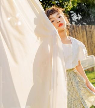 蒂萨纳时尚新品赏析 穿上与大好春光相遇