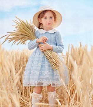 温暖的季节 被绝美的小裙子所包裹