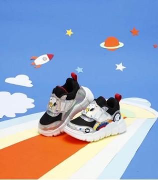 史努比优质童鞋 助力孩子健康成长