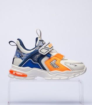 充满设计感与科技感的童鞋 巴布豆给你不一样的体验