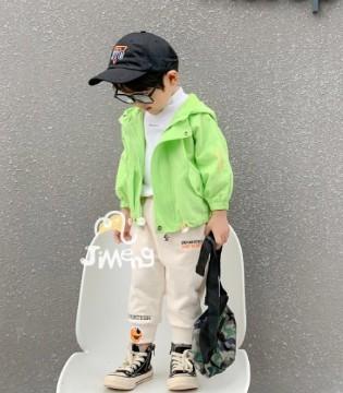世纪童话时尚单品 给童年添点色彩吧!