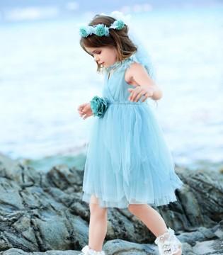 穿上小象Q比这几款绝美连衣裙 做个快乐的小公主