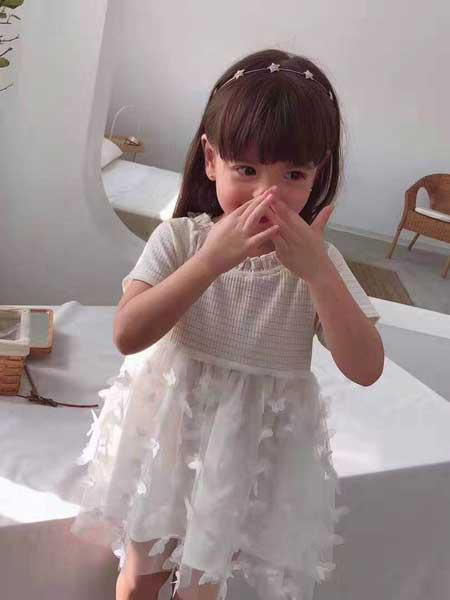 创优品 将美丽的裙子搬进公主的衣橱