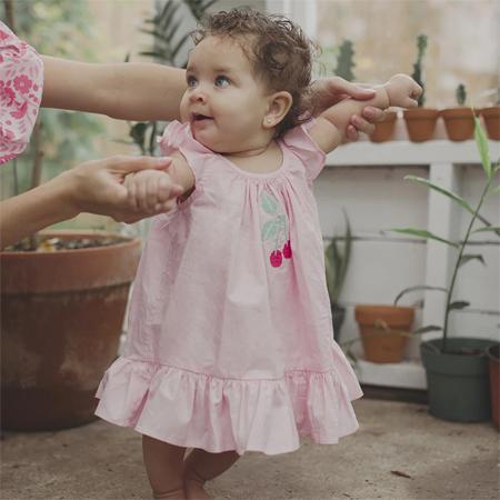绝美的宝宝裙 给你带来春天的芬芳享受